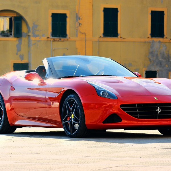 Ferrari-California-T-04
